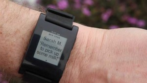 Pebble lets you check your e-mail and text mesages on the go.