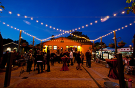 Attendees on the front porch at the Napa Valley Film Festival